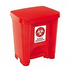 Caneca roja 30 litros de pedal, Producto nacional.