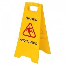 Señal de prevención piso mojado, Producto nacional.